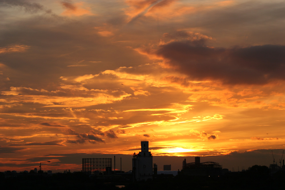 Sun setting over an industrial scene by Docklands Airport  #docklandsairport #industrialsunset #sunset
