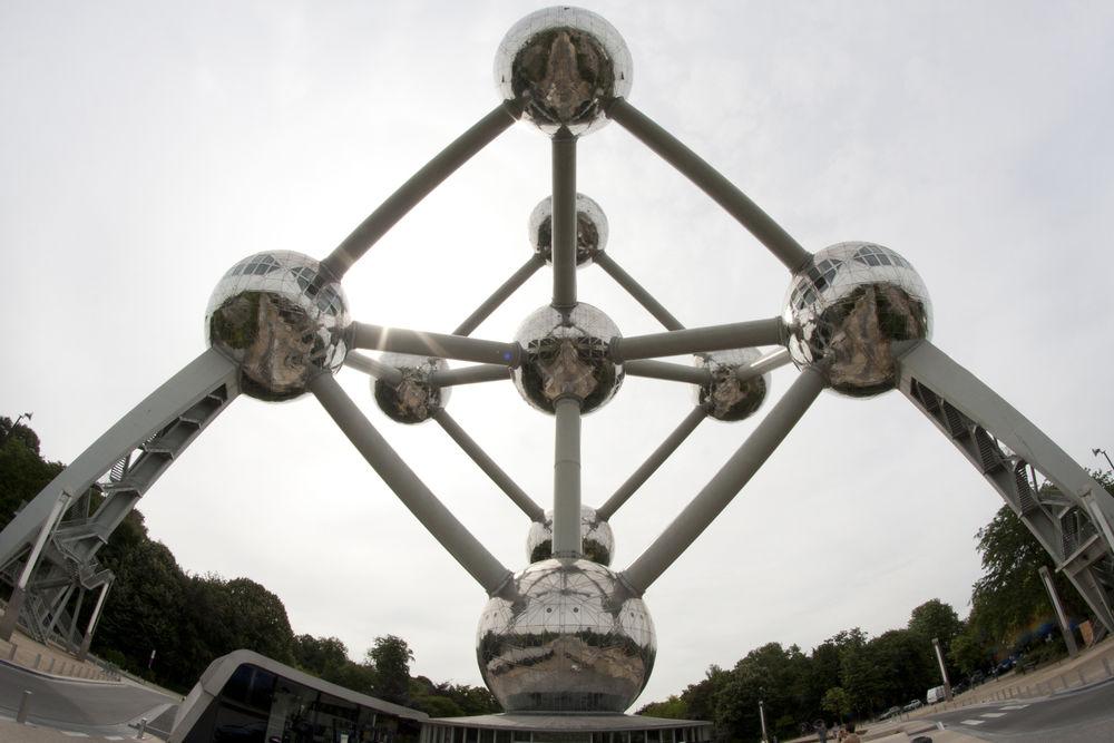 Brussels Atomium taken with a fish-eye lens.  #atomium #fisheyelens