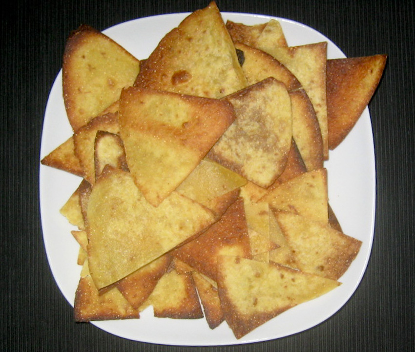 Homemade_tortilla_chips_recipe.jpg