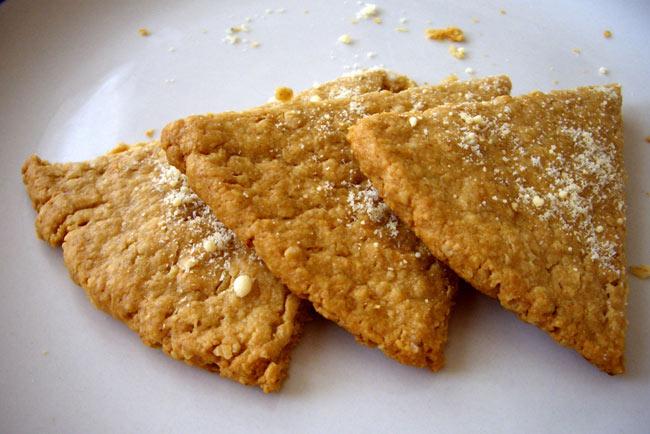 Cheesy oatcakes a cheese recipe