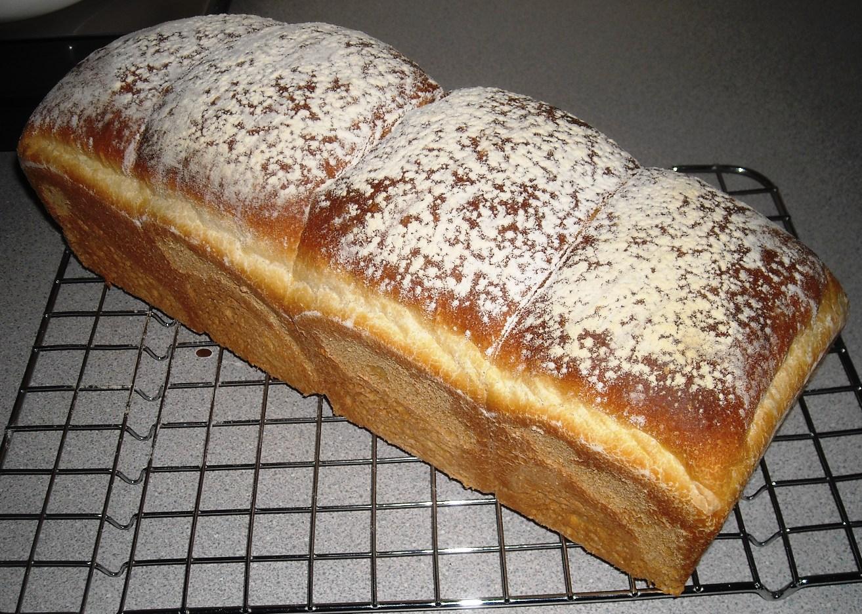 Large sandwich loaf, British recipe