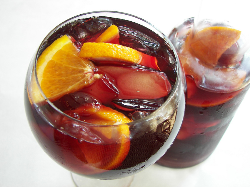 sangria recipe spanish from cookipedia co uk. Black Bedroom Furniture Sets. Home Design Ideas