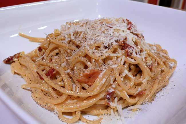 Spaghetti alla carbonara a cheese recipe