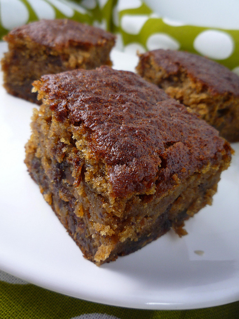 Date Honey Cake Recipe