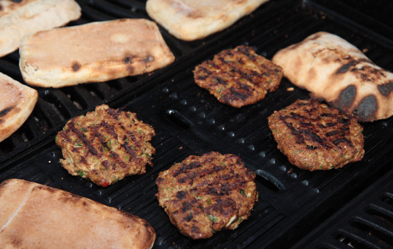 Garlic and ginger pork burgers Barbecue recipes
