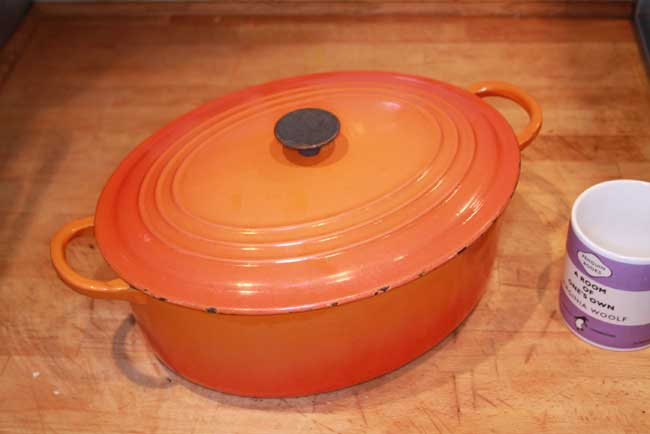 File:Large flame proof casserole dish.jpg