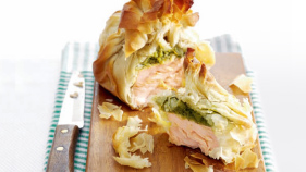 Salmon pesto parcels