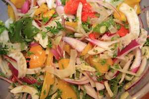 Bean salad with fennel and roasted peppers