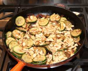 Courgettes with almonds and ginger