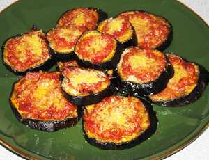 Baked aubergines with tomatoes and Parmesan