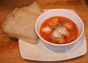 Mozzarella and kidney bean soup