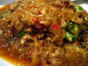 Cellophane noodles with minced pork
