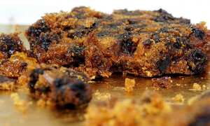 Vegan no-egg fruit cake