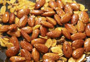 Red, hot, smoky almonds