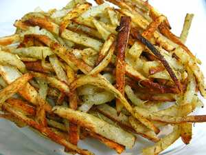 Garlic and rosemary thin baked fries