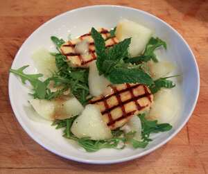 Grilled halloumi and melon salad