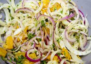 Fennel, red onion and orange salad (V)