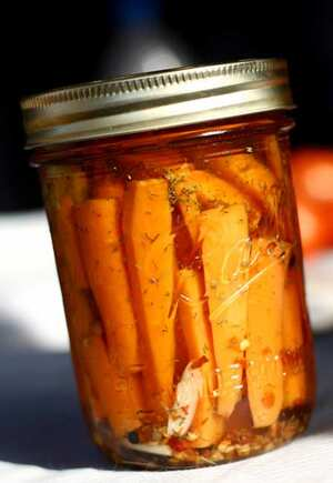 Pickled carrots, British recipe