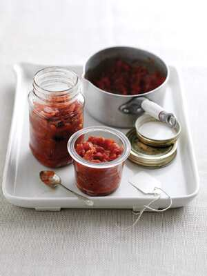 Cranberry and red onion relish
