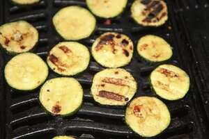Spicy barbecued courgettes