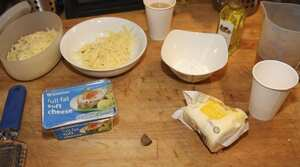 Heston Blumenthal S Perfect Cheese Sauce The Ingredients