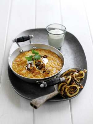 Lentil dahl with spiced onions